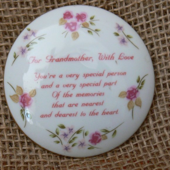 Trinket Floral  Box RUSS 4967   Fine Porcelain
